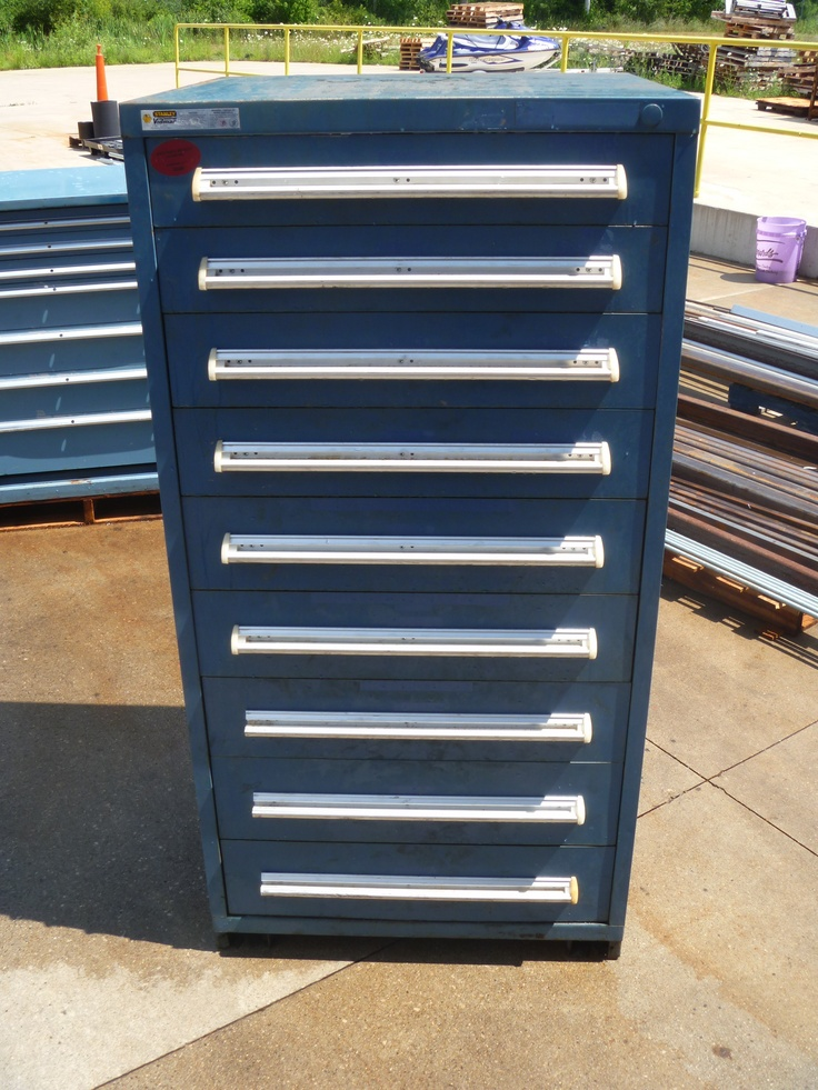 9 drawer Stanley Vidmar cabinet as shown up for auction online ...