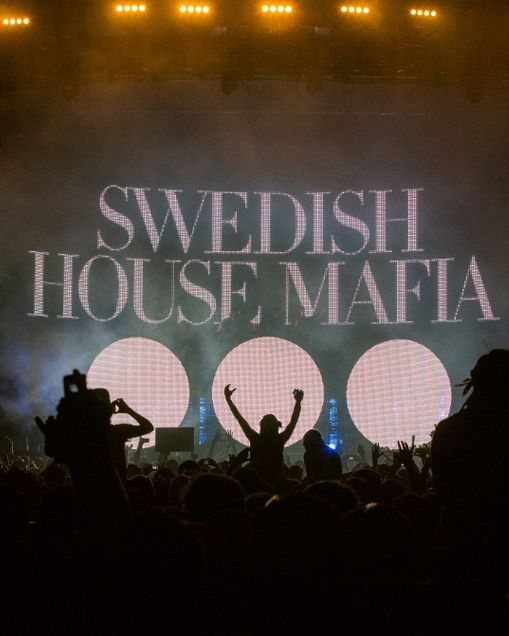 Dot spot #iHeartRadio #electro - Listen to Swedish House Mafia: http://www.iheart.com/artist/Swedish-House-Mafia-384266/