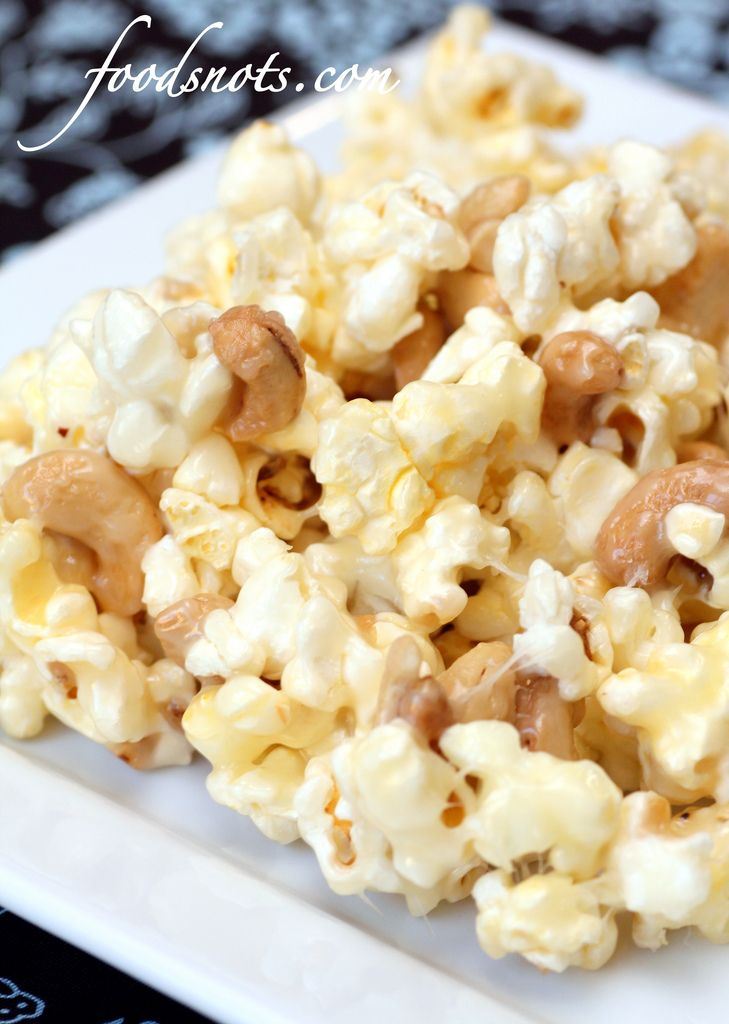 Fiddle Faddle Popcorn 1 cup sugar 2/3 cup light corn syrup 1 cup butter (2 sticks) 1 teaspoon vanilla extract 5 quarts popcorn, popped 1-1 1/2 cups nuts, optional In a medium saucepan combine sugar, syrup, and butter. Bring to a boil, and boil for 3 minutes. Remove from heat and add 1 teaspoon vanilla extract. Slowly pour over popped popcorn and nuts (if desired). Quickly stir hot syrup mixture into popcorn until evenly covered. Cool and serve.