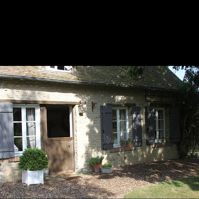 I  cottages!
