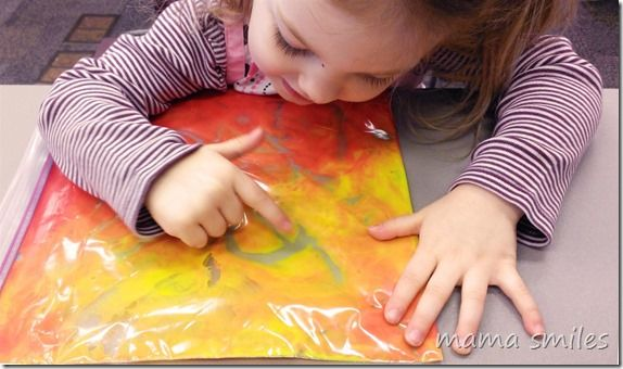 No-mess finger painting (with paint in a bag) is a fun way for kids to practice writing letters, numbers, and more!