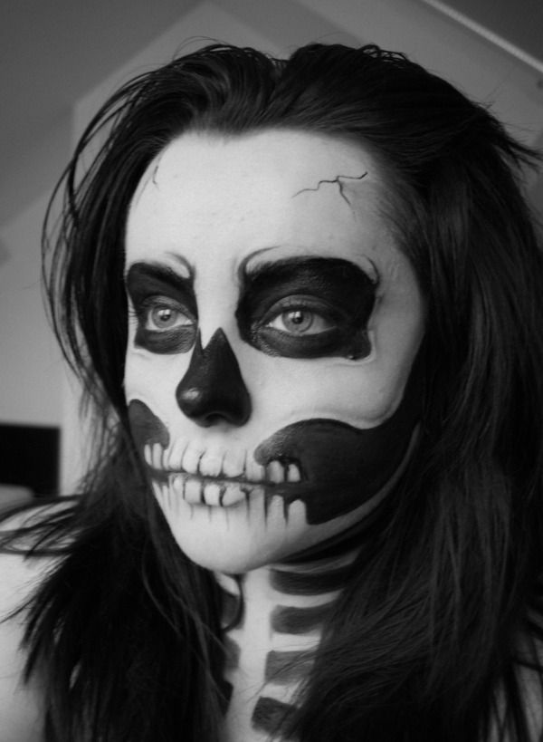 skull themed halloween makeup soooo want to do this finis year - Skull Face Painting Ideas For Halloween