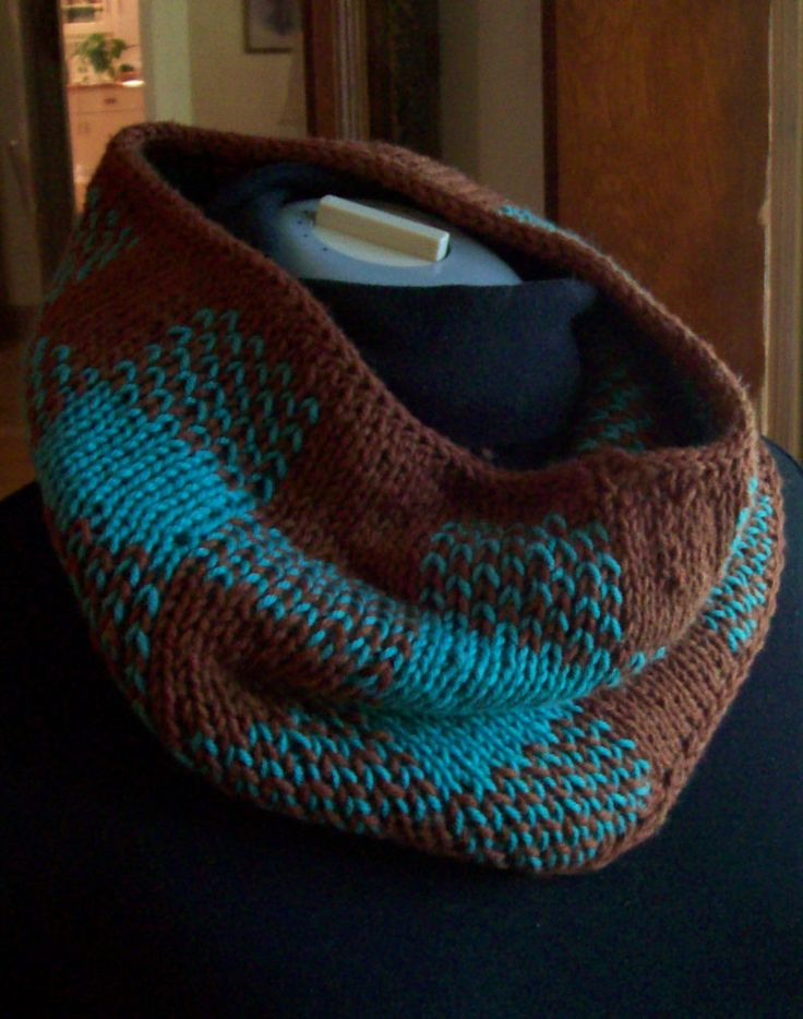 Free Knitting Pattern for Gingham Plaid Neckwarmer - Reversible cowl worked in double knit plaid. Designed byGabriella Kartz