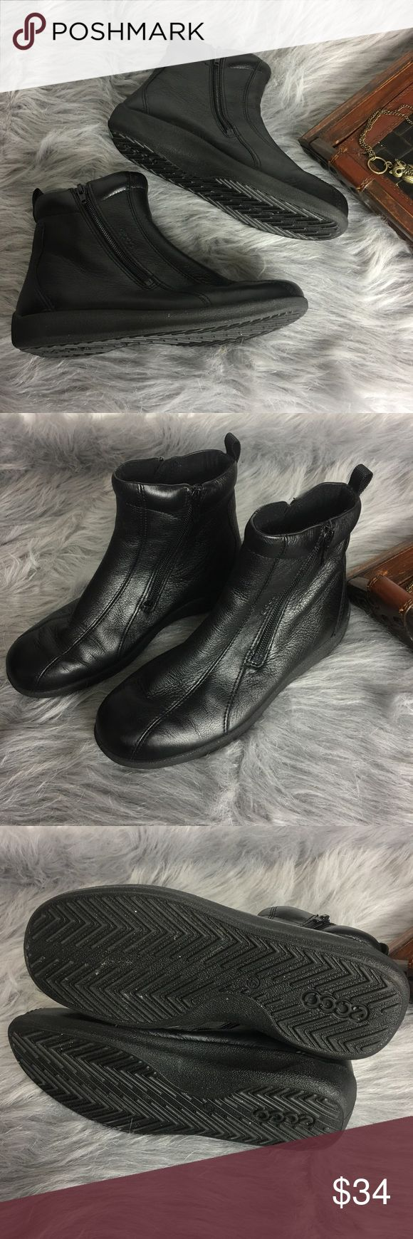 ECCO Black Short Ankle Side Zip Boots Euro Sz 37 ECCO Black Short Ankle Side Zip Boots Euro Sz 37 US Sz 7  Nice pre-owned condition. Some small scuffs at toe. No other flaws.    SH-TA Ecco Shoes Ankle Boots & Booties