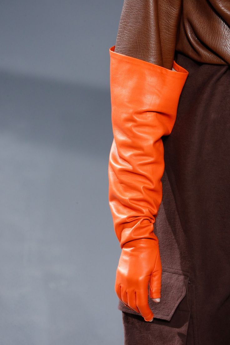Womens petite leather gloves - Rick Owens Fall 2016 Ready To Wear Fashion Show Orange Glovesleather