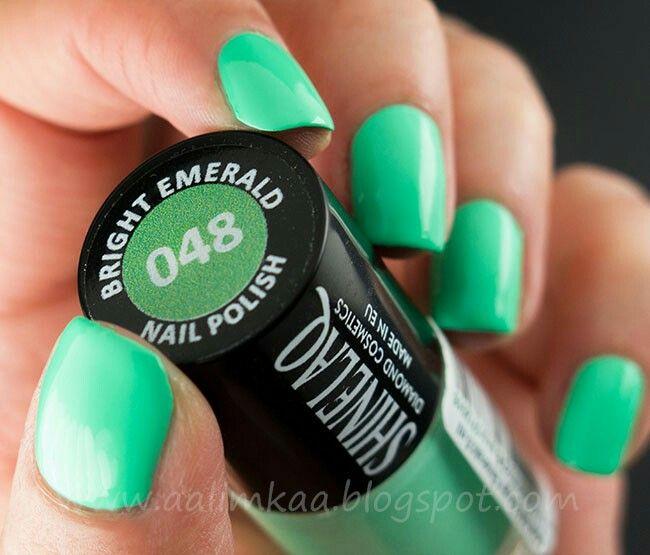 048 Bright Emerald