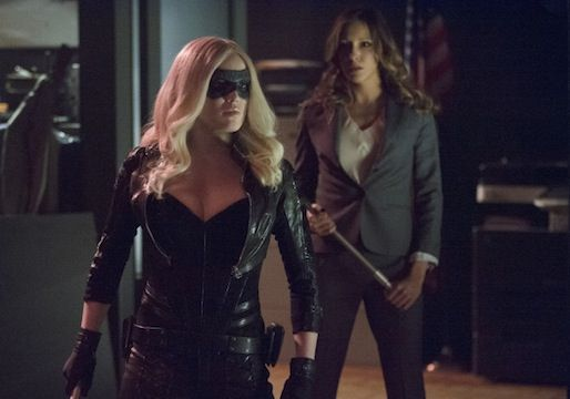 Arrow Preview: 'Birds of Prey' Delivers Damaged Huntress, Laurel's Comeback and... a Spin-Off?