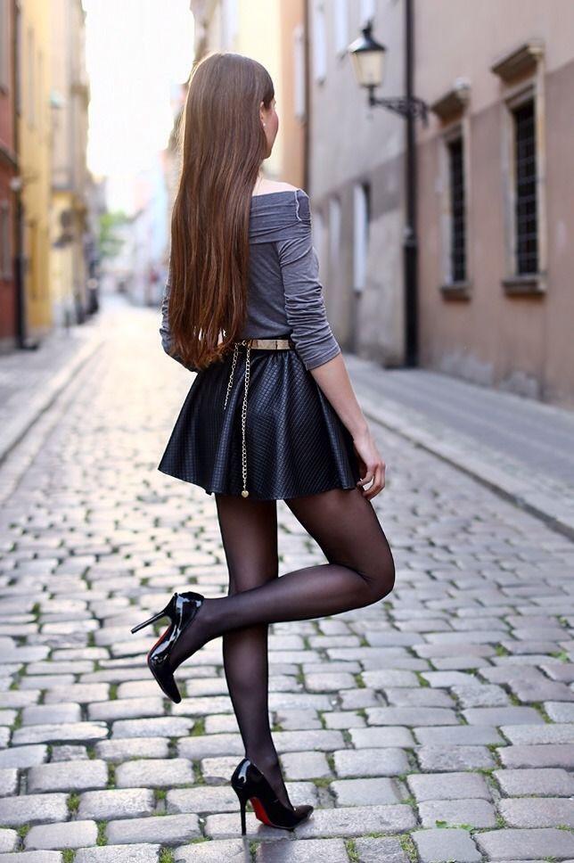 стоял центре чулки и черная юбка фото чат рулетка