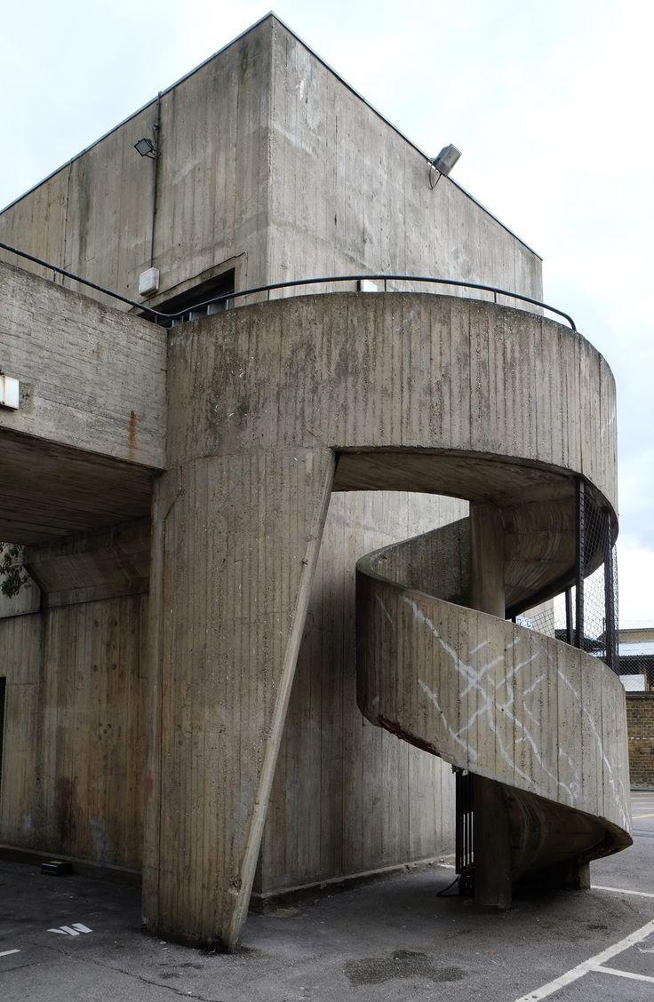 760 best brutalismus images on pinterest beton for Architektur brutalismus