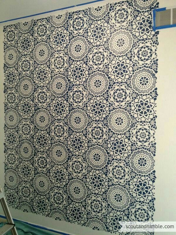 Very deligate n prfctly designed wall pattern can be stencil or wallcover both