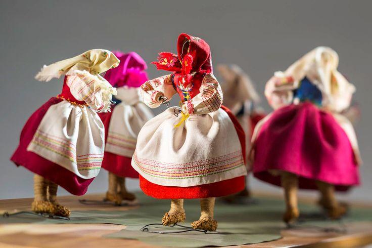 #Lenok – #folkdance from the area of Nowogródek (now #Belarus), 1937, by Janina Wasiewicz, photo. Łukasz Zandecki