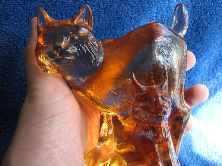 Sweden Kosta Boda Paul Hoff Lynx art glass figurine WWF animals Wildlife fund #KostaBoda #PaulHoff