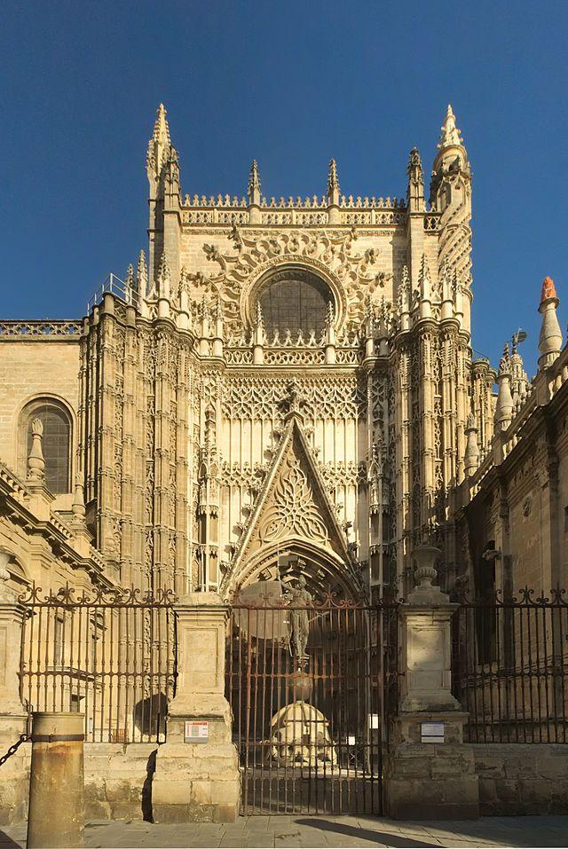 Catedral de Sevilla. Puerta de San Cristóbal.