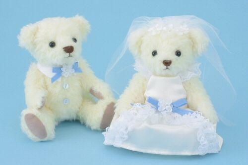 WM-0901:サムシングブルーベア完成品<シェリーマリエ・ウェルカムアニマルコーナー>http://www.tedukuri-wedding.com/mall/bear/kansei/clover/wn0901.html