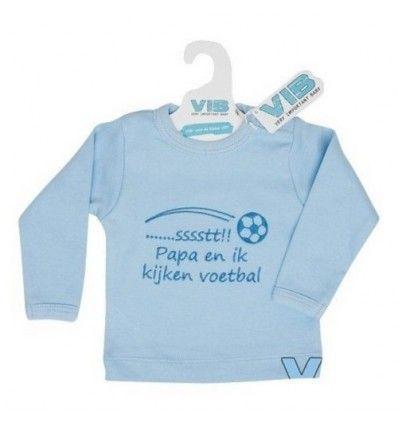 Very Important Baby T-shirt Voetbal. Speciaal voor alle voetbalpapa's! Kijk samen met je kindje naar de match van je favoriete team. Ondertussen kleed je je baby aan met dit mooie shirt met opdruk '...Sssssssst!! Pap en ik kijken voetbal'