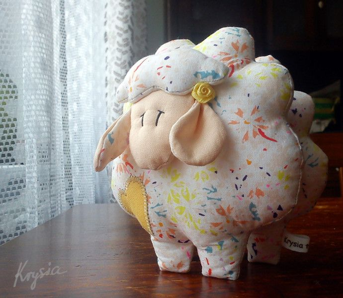 kwiatowa OWIECZKA 062 w Krysia to uszyła na DaWanda.com