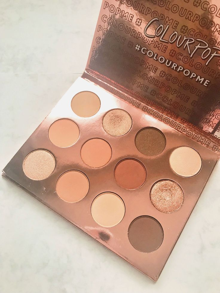 Colourpop Double Entendre. A palette that you gold-lovers need to try