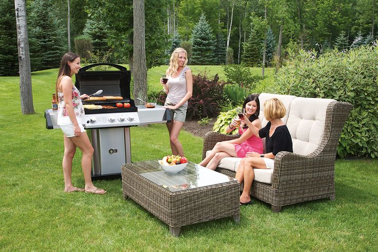 UP405RB Ultra Chef® Series  Reliability and sleek design make grilling easy and fun with added storage space.