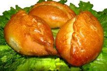 Пирожки с курицей и грибами