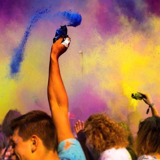 #Festival of #colours in #Gdansk / #colorful #party #ilovegdn #people / photo: Mariusz Drechnowicz