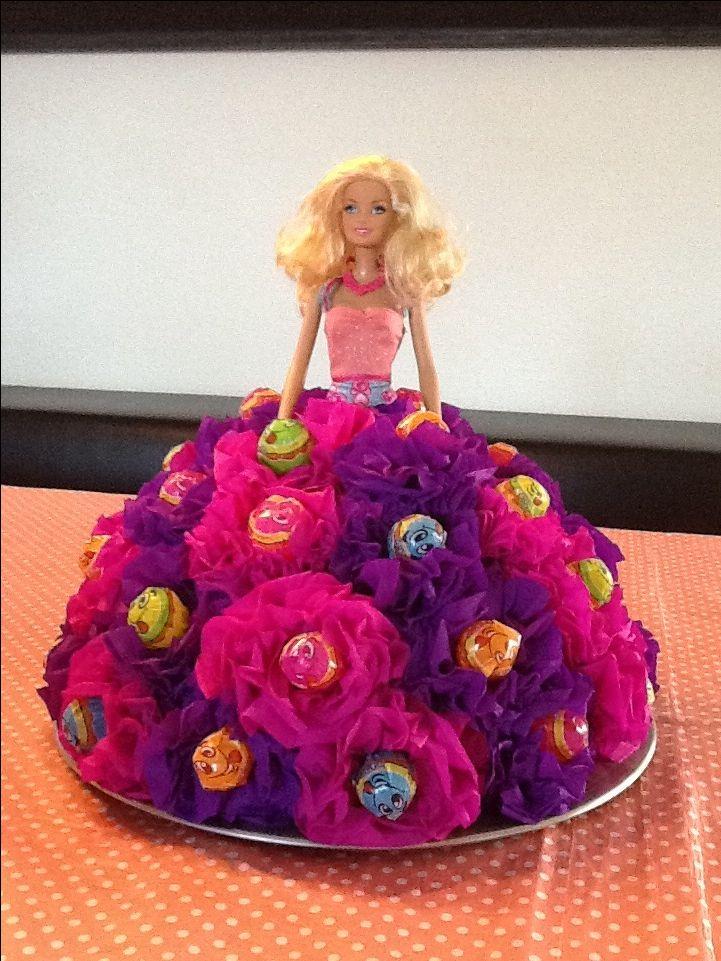 Lolly's en bloemen van crepe-papier.