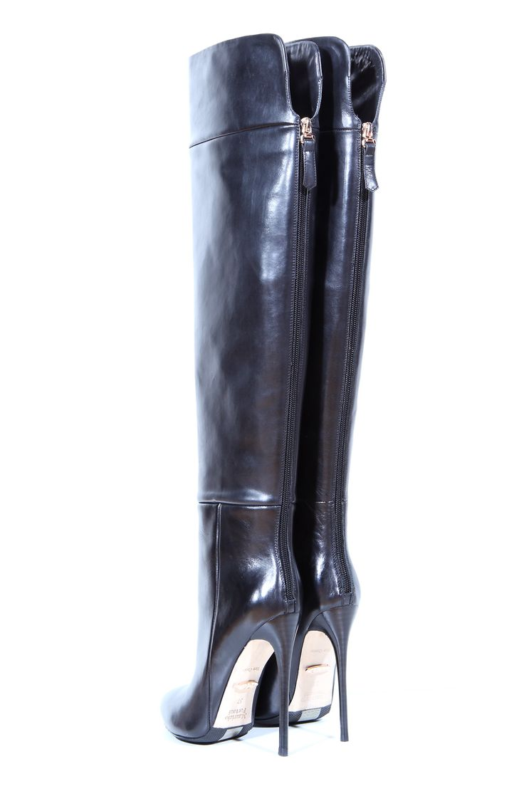 Overknee Boots with Back-Zip, 5inch Heel Height and 20inch bootleg lenght