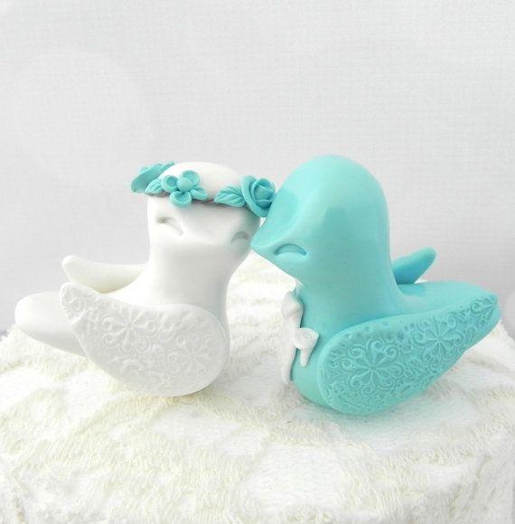 Hey, ho trovato questa fantastica inserzione di Etsy su https://www.etsy.com/it/listing/188705176/lovebirds-wedding-cake-topper-tiffany
