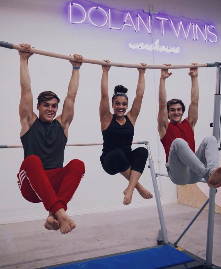 The new video is up!!! I love you Ethan and Grayson!✌