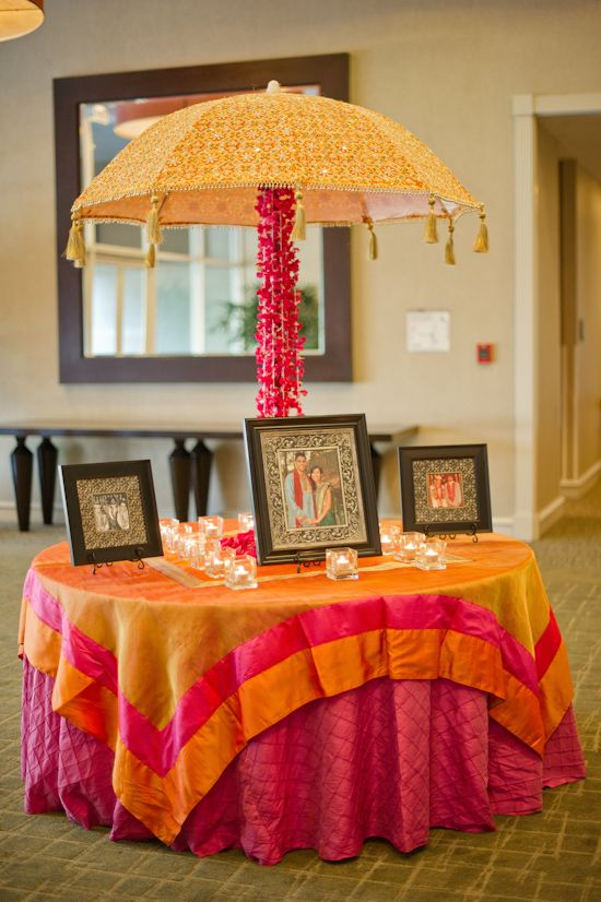 receiving table. cute idea but I abhor the colors that have been used here.