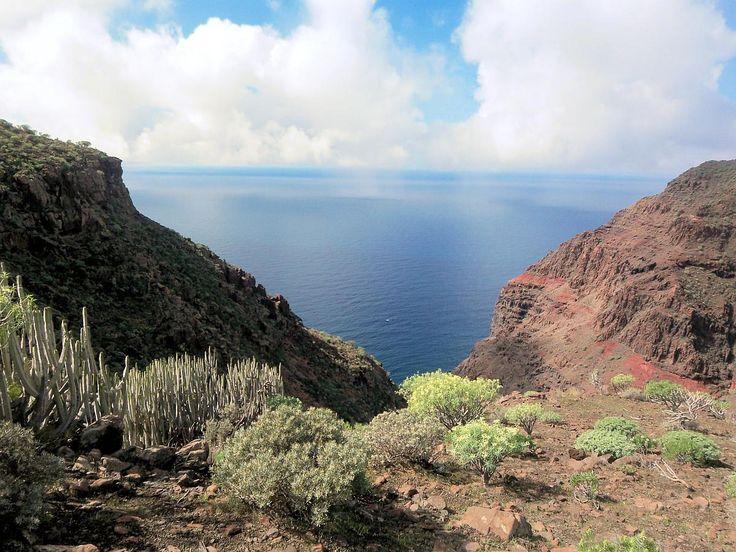 Wandern auf den Kanaren: Tipps und Wanderhighlighst auf den kanarischen Inseln Teneriffa, Fuerteventura, Gran Canaria, Lanzarote und La Palma.