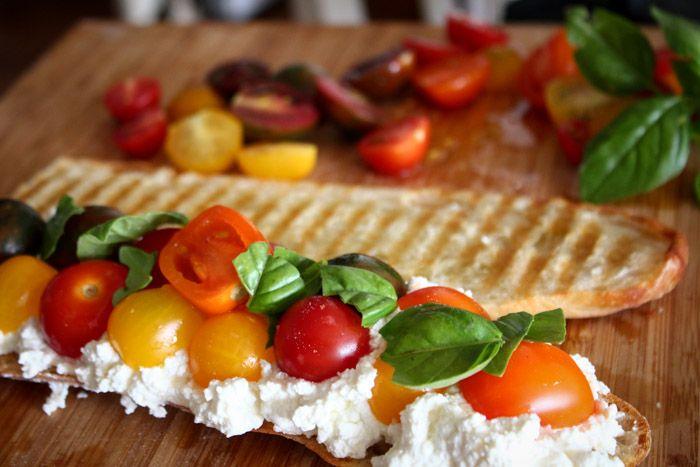 ... Cheese Tomatoes, Tomatoes Basil, Heirloom Tomatoes, Ricotta Tomatoes