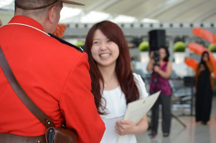 On June 30, 2014, 100 new Canadians from 53 countries celebrated Canada Day one day early by becoming Canadian citizens at Terminal 1. This ceremony, co-hosted with Citizenship and Immigration Canada (CIC) and the Institute for Canadian Citizenship (ICC), represents the role Toronto Pearson has played in welcoming many of the new citizens to Canada.