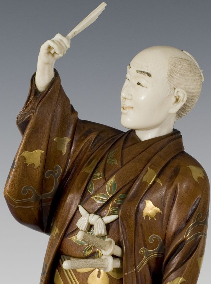 FINE JAPANESE GOLD LACQUERED BOXWOOD AND IVORY SAMURAI