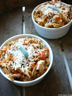 Krabičkování.... Zapečené mrkvové těstoviny se šalvějí a kozím sýrem - Delicious blog