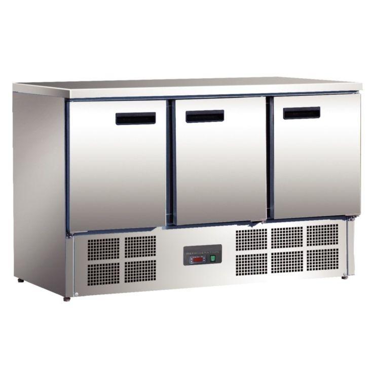 Mostrador compatible Gastronorm. Ideal para aquellas cocinas en las que el espacio es reducido, ya que ofrece una mayor superficie de trabajo y mayor capacidad de almacenaje.