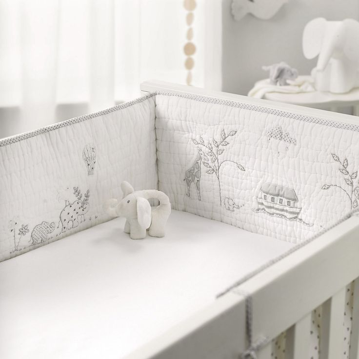Noah's Ark Cot Bumper | Nursery | Childrens' Bedroom | The Little White Company | The White Company UK