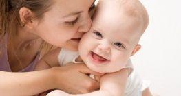 Τα θετικά συναισθήματα επηρεάζουν τις αναμνήσεις στα μωρά | psychologynow.gr