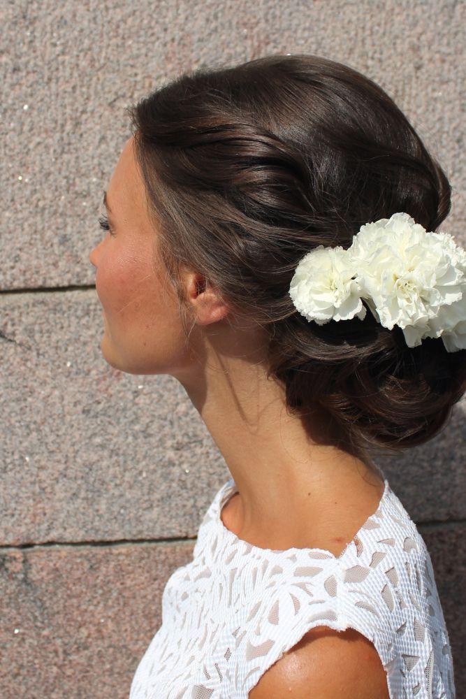 Morsiamet kukkia hiuksissaan - I'd rather hair you now | Lily.fi