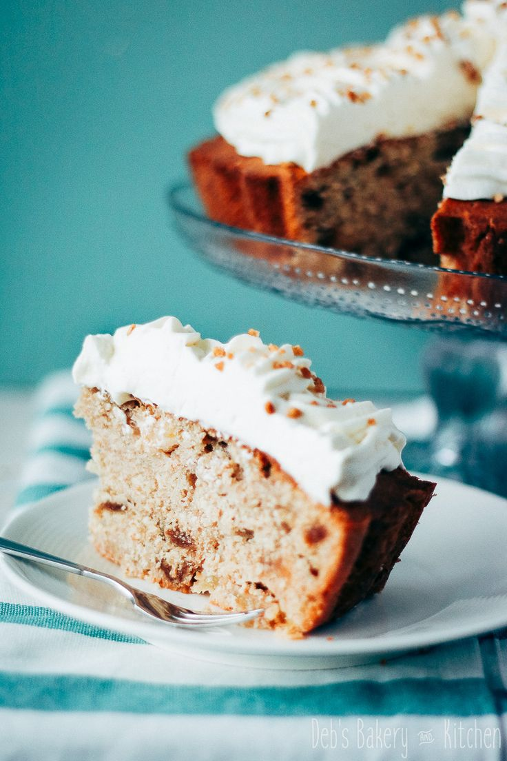 Deze eenvoudige appel vijgencake ziet er toch royaal uit door de cream cheese frosting