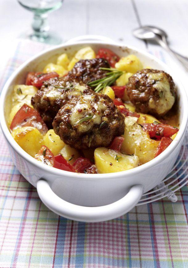 Unser beliebtes Rezept für Frikadellengratin mit Knoblauchkartoffeln und mehr als 55.000 weitere kostenlose Rezepte auf LECKER.de.