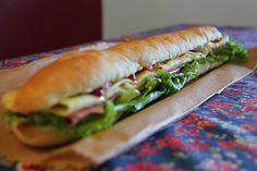 Comida de festa: Pão de metro