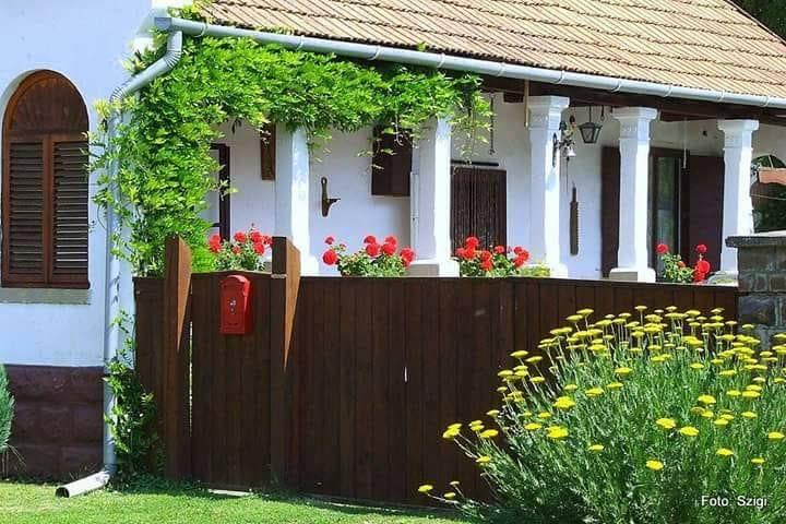 Sirok, Heves megye, Hungary (fotó: Szentpétery Ildikó), forrás: parasztház az örök