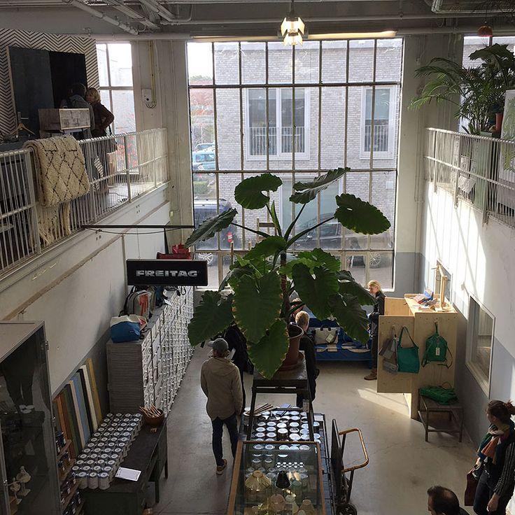 Today at Dutch Design Week we visit Piet Hein Eek and look at work by Ontwerpduo, Jeanine Eek-Keizer and Linda Nieuwstad.