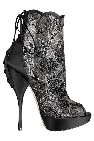 Pretty High Heel Booties by Christian Dior <3                                                                                                                                                      Mehr