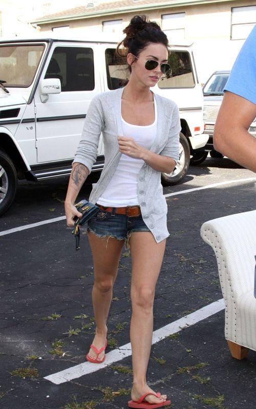 Megan Fox Allure March 2008 Sunglasses Shopping And Gray
