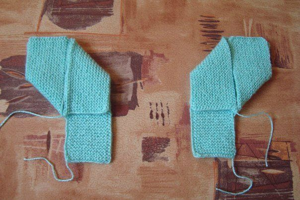 Wonderful DIY  Knitted Home Slippers