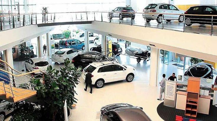 ¿Querés comprar un auto?: Experto asegura que con un 0 KM se pierde un 30%: El comprador de un 0 km pierde -en promedio- el 30% del valor…