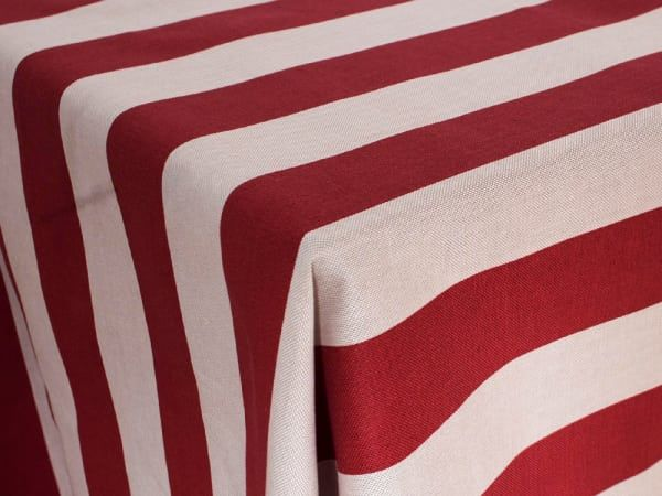 If it's fine, high quality linen you are looking for, Balducci has you and your table covered. From napkins to placemats, this specialist range is simple, sle