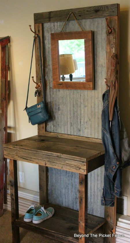 Farmhouse Friday #15 - Salvaged Wood Projects - Knick of Time