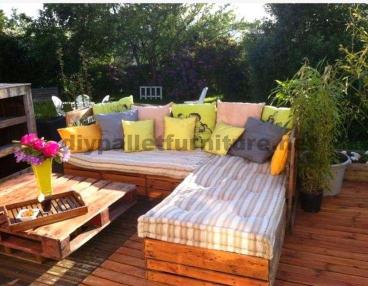 simple muebles de palets lounge para el jardn hecho con palets with como hacer muebles de jardin con palets - Muebles Jardin Palets